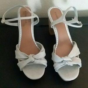Shoes - Khaki/silver heels
